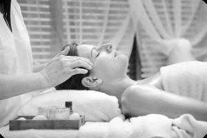 Maluma_photo_massage_arrondi